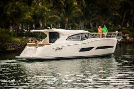 luxury yachts carver yachts