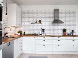 Commercial Kitchen Backsplash by Best 25 White Tiles Black Grout Ideas On Pinterest Outside