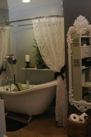 Romantic Bathroom Decorating Ideas Best 25 Victorian Shower Curtains Ideas On Pinterest Victorian