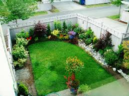 Small Rock Garden Pictures by Best 25 Small Backyard Gardens Ideas On Pinterest Small