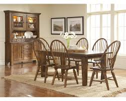 Dining Table With Banquette You Shoudl Know About Broyhill Dining Room Furniture Table With