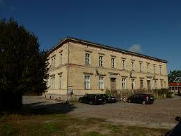 Glöwen station