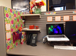 your cubicle doesn u0027t have to be ugly cubicle ideas cubicle