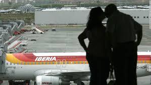 Airport dating  Love at first flight    CNN com