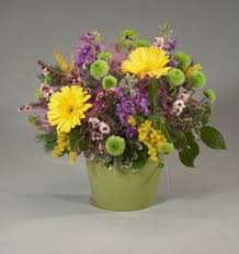 Rainbow Wedding Centerpieces by 11 Best Images About Flower Ideas On Pinterest Mason Jar