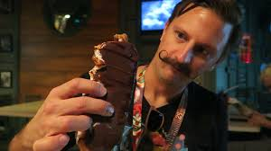 halloween horror nights tampa trying some hhn25 exclusive food u0026 the most terrifying costume