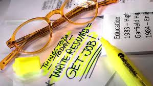 Insider Secrets for Hiring the Best Resume Writer   Angie     s List Angie s List resume writing
