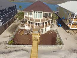 Raised Beach House by South Carolina Waterfront Property In Pawleys Island Geogetown