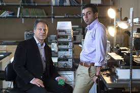 UCI Engineers Develop Powerful Millimeter wave Signal Generator     UCI professor of electrical engineering  amp  computer science Payam Heydari  left  and grad student