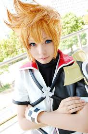 kingdom hearts cosplay Images?q=tbn:ANd9GcSZoDesN50DwptbY8d11M8O3ft6FSkWNO9hH-r3HVLgLDoBshXy