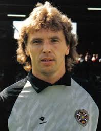 Henry Smith - Hearts Career - from 25 Jul 1981 to 31 Jan 1996 - Henry_Smith