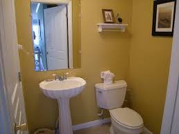 fresh yellow bathroom paint colors 3484