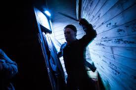jabbawockeez halloween horror nights how scary is halloween horror nights this year take a look