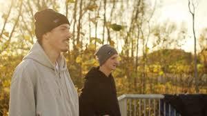 """En go höstsession i Bjärreds nya skatepark """"Bjärehovsparken"""" med Streetlab teamriders Simon, Erik, Christian och Benhög. Klippet är filmat och redigerat av ... - fall"""