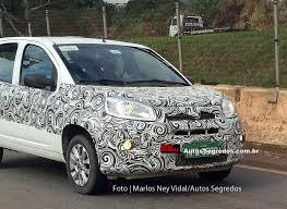 Flagra: Fiat Uno reestilizado e com motores 1.0 e 1.3 GSE chega em ...