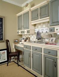 Kitchen Design Layout Ideas by Two Tone Kitchen Cabinets Stylish Design Two Tone Orginally On