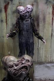 animatronic halloween props 605 best carnevil images on pinterest halloween stuff creepy