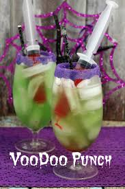 Easy Treats For Halloween Party by 25 Best Halloween Party Drinks Ideas On Pinterest Halloween