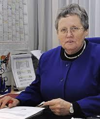 LEUTE IN DER STADT: Ingrid Fuchs geht nach 47 Jahren an der Josefsklinik in den Ruhestand, arbeitet aber ehrenamtlich weiter. - 67826675