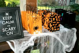 halloween party favors easiest kids u0027 halloween party ever a