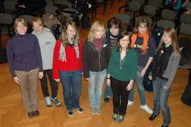... Anja Bielefeld, T-sax, Hannah Kraus, V. Januar 2009. Thea Nieland (seit 08/08), Klavier, Kaja Nieland, Viola, Mareike Hoting, Klarinette, Jana Jeddeloh, ... - new_2009b