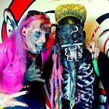 Dois participantes do Freak Show - Bedelho