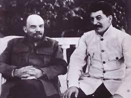"""""""Las raíces históricas del leninismo"""" - texto de José STALIN, perteneciente a """"Los fundamentos del Leninismo"""" (año 1924)  Images?q=tbn:ANd9GcShrhqzUKtbfZvtSi_7TSsFsyYbe7DLUCuttIIX_AR2ZsuMEc8a"""