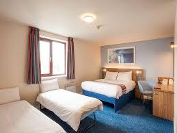 London Wembley Hotel Wembley Accommodation Travelodge - Family room hotels london