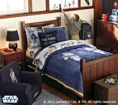 Star Wars Kids Rooms by 31 Best Rooms Images On Pinterest Star Wars Bedroom Starwars