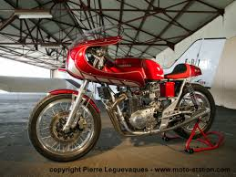 Ducati copia diseños a Bajaj - Página 2 Images?q=tbn:ANd9GcSkFsOo4az3jSWE02RDF8GVAR-rGgtTAWg8M5wNHDy6p2hWTWcw