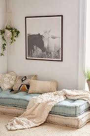 Reading Nook Furniture by Best 25 Cozy Nook Ideas On Pinterest Pillow Room Cozy Corner