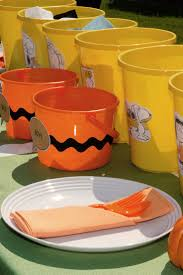 charlie brown thanksgiving tv 116 best charlie brown party images on pinterest snoopy party