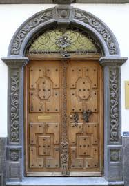 Keyhole Doorway by старинный дверь Buscar Con Google Ancient Doors Pinterest