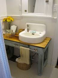 bathroom vanities for small bathroom best 25 vintage bathroom vanities ideas on pinterest singer