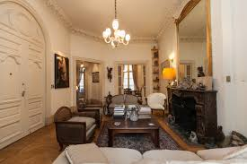 charming french flat with a terrific 87m2 936 46 ft2 terrace a