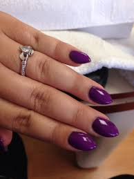love this short almond shape want these so bad hair nails