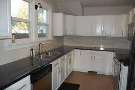 Best Kitchen Cabinet Paint Colors by Grey Kitchen Paint Best 25 Gray Kitchen Paint Ideas On Pinterest