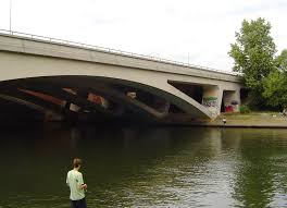 M25 Runnymede Bridge