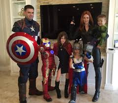 Funny Family Halloween Costumes by Cool Family Cosplay Halloween Fun Pinterest Family Cosplay