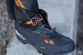 motorcycle bike shoe test u0027bike boot u0027 from winter cycling brand 45nrth