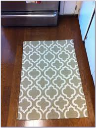 Rugs Kitchen Floors Kohls Rugs Kitchen Rugs At Target Rooster Kitchen Rugs