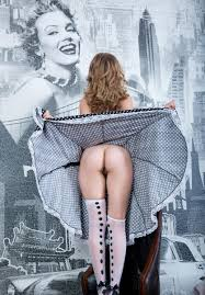 lift skirt show pussy|cloudysexy.com