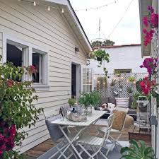 Heather Dubrow Mansion Tiny Space Living Tips From The Tiny Canal Cottage Blogger