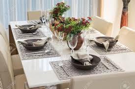 modern table setting home design