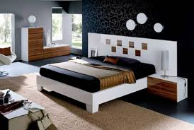White Shiny Bedroom Furniture Bedroom Delightful Home Interior For Teenage With Cozy
