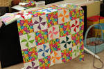 File:Baby quilt in pinwheel pattern.jpg - Wikimedia Commons