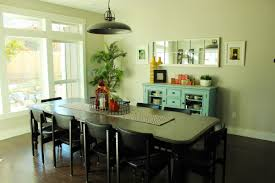 How To Decorate A Dining Room To Be Better Than Comfort Food - Family dining room