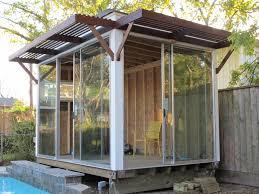 Enclosing A Pergola by Wooden Veranda Designs Artofdomaining Com