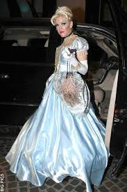 Wedding Dress Halloween Costume 64 Celebrity Halloween Costumes Images