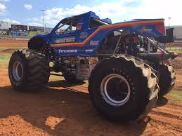 monster truck bigfoot 5 driving bigfoot at 40 years young still the monster truck king